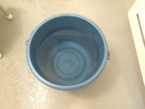 ばけつ水.jpg