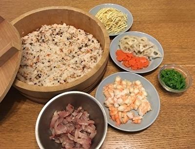 ちらし寿司 最初.jpg